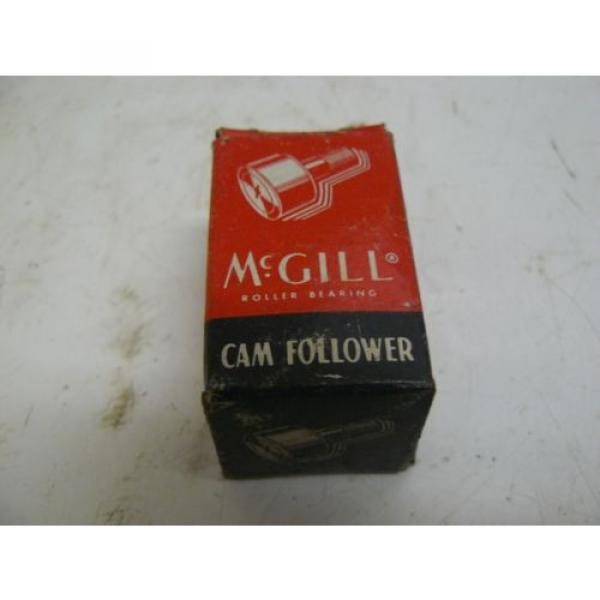 NEW MCGILL CF-1-1/8-S CAM FOLLOWER BEARING SEALED 1-1/8IN OD #1 image